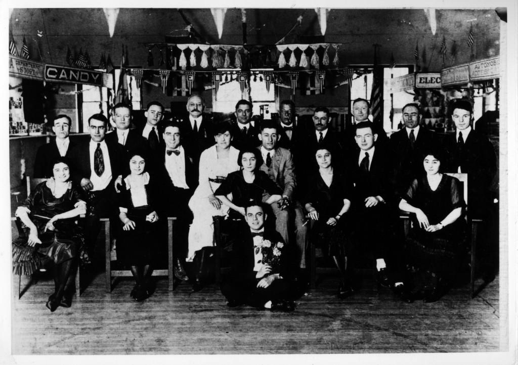 Bazaar in YHMA 1916
